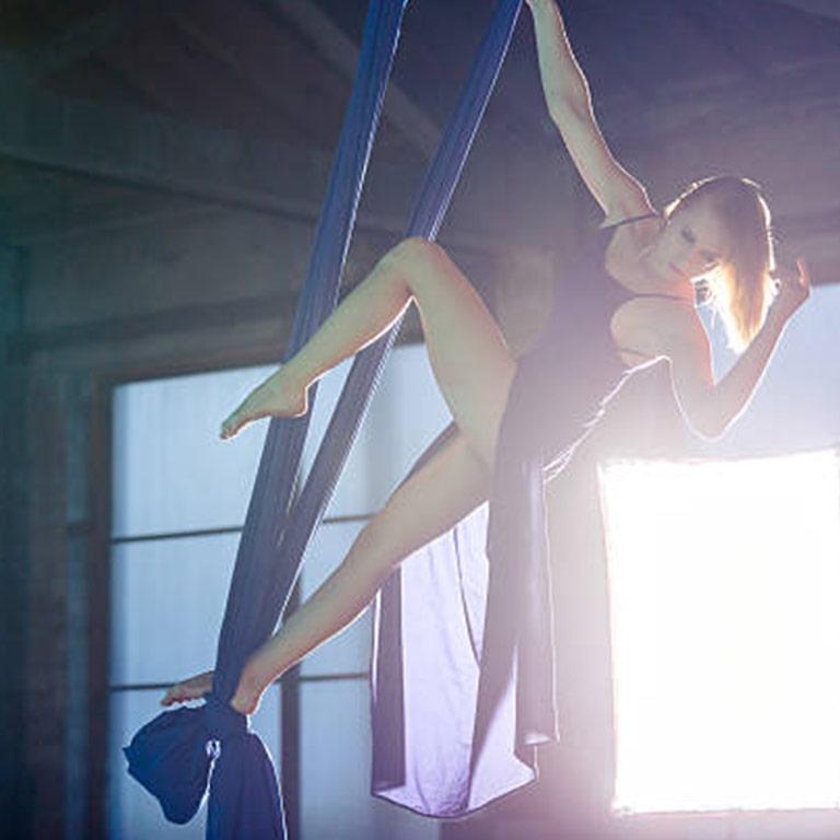 centro studi scuola laquila abruzzo teatro dei 99 corsi lezioni danza danza aerea acrobatica